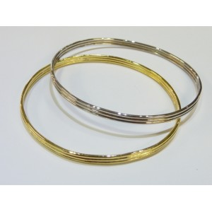 LINED SILVER BANGLE